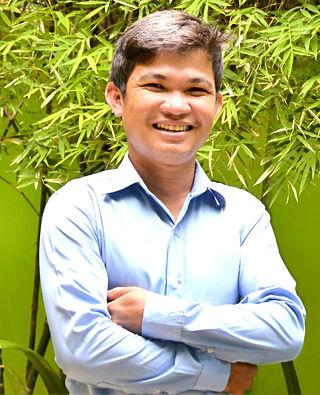 Ter%20Portrait_edited.jpg