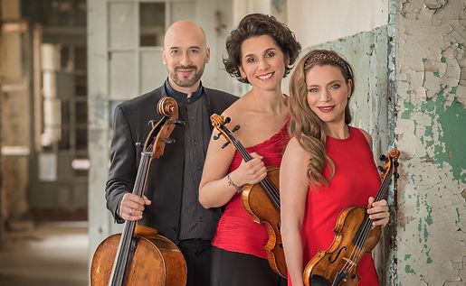 Trio Lirico: Franziska Pietsch - Violine, Sophia Reuter - Viola, Johannes Krebs - Violoncello