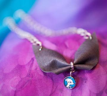 真皮蝴蝶領結手製短項鍊(夢奇) Leather Bow Short Necklace