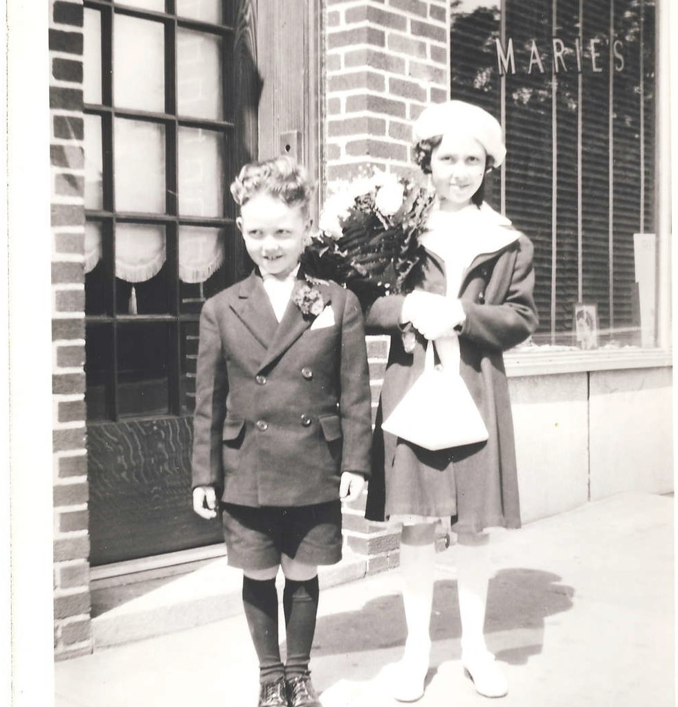 Siblings Ginny and Bob.jpg