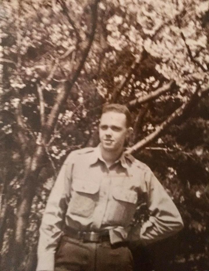 Bob in army.jpg
