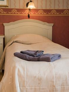 9 Melderstein twin room 3 (2).jpg