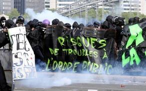 Violences du 1er mai: le Gouvernement est-il réellement en mesure de réinstaurer l'Etat de droit?