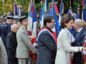 """11 novembre : hommage aux """"Morts pour la France"""""""