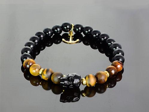 Golden sailor bracelet with onyx