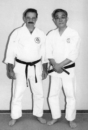 avec_le_maître_Ohtsuka_Tadahiko_(1940-20