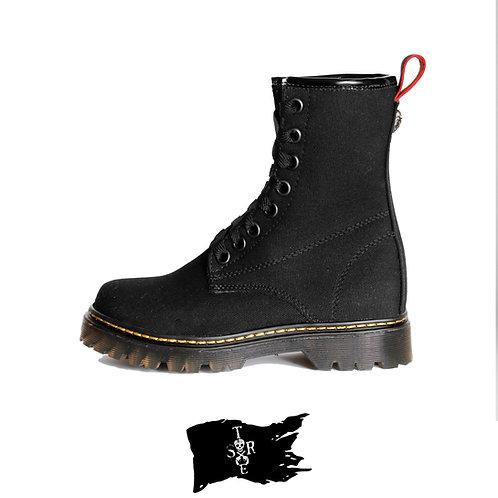 Botas Lona negra.