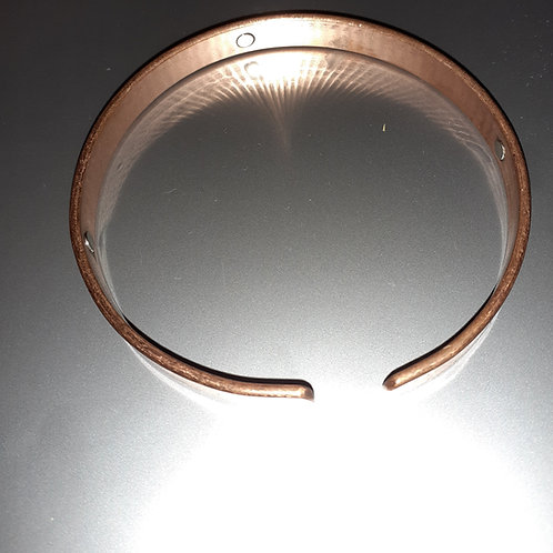 Large copper bracelet + magnets