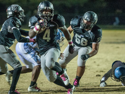 Jaguars Pounce on Coyotes 35-0