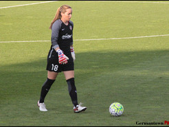 Washington Spirit Sign Goalkeeper Kelsey Wys