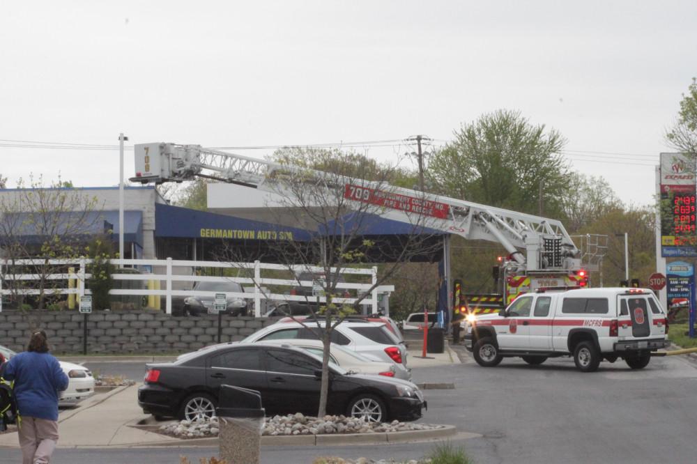 Car Wash Fire-15-20150425.jpg
