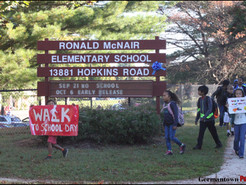 Leggett Visits McNair Elementary  for Walk to School Day