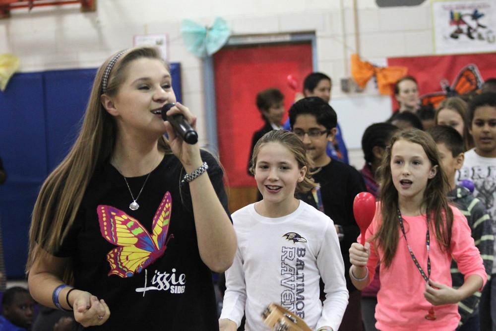LizzieSider Singing.JPG