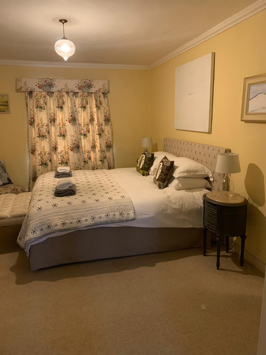 Bedroom at Eden- double or can be made into twin beds