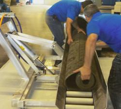 carpet loader for rug centriguge