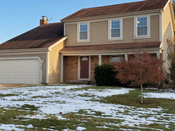 1690 Ivy Ct. East in Wheaton