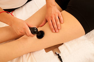 Physiotherapist doing Tecar therapy alte