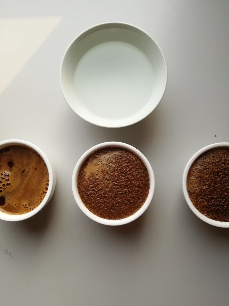 Coffee cupping extraction