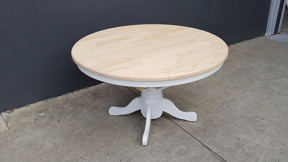 extendable french provincial round table