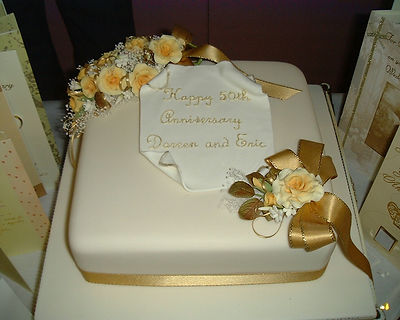 Anniv cake.jpg