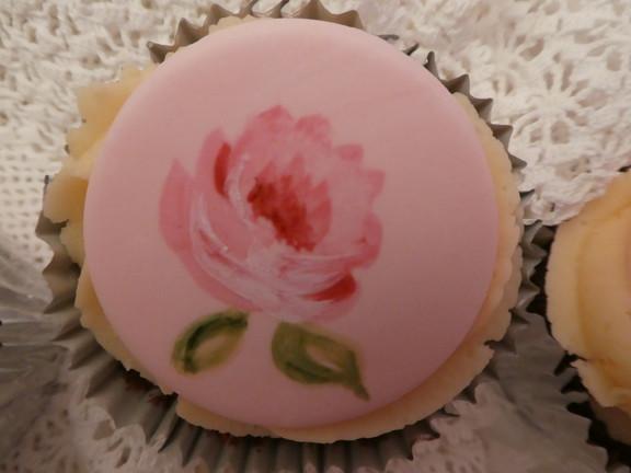 vintage handpainted cupcake