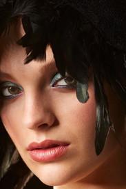 French emerald smoky eye for Malvie Magazine