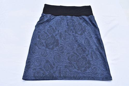 Blaues Jupe Rosenmuster  mit Taschen