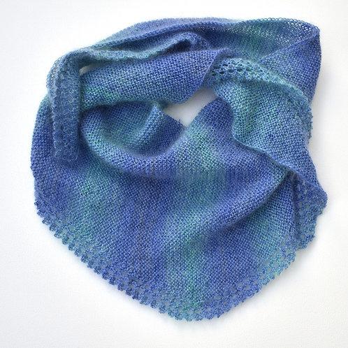 Dreieckstuch aus Mohair, Seiden und Wolle, hellblau/hellgrün