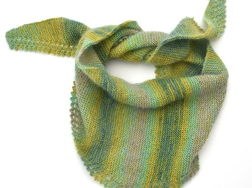 Dreieckstuch aus Mohair/ Seiden und Baumwolle/Seiden, grün mit Farbtöne