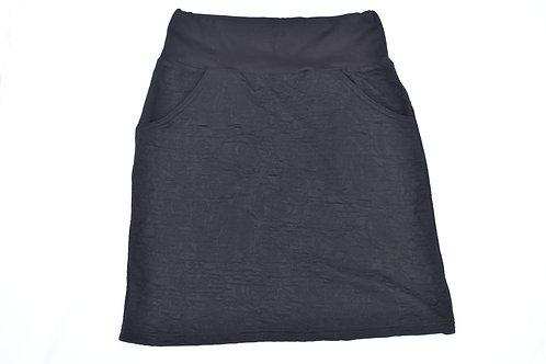 Schwarzes Jupe mit Rosenmuster und Taschen