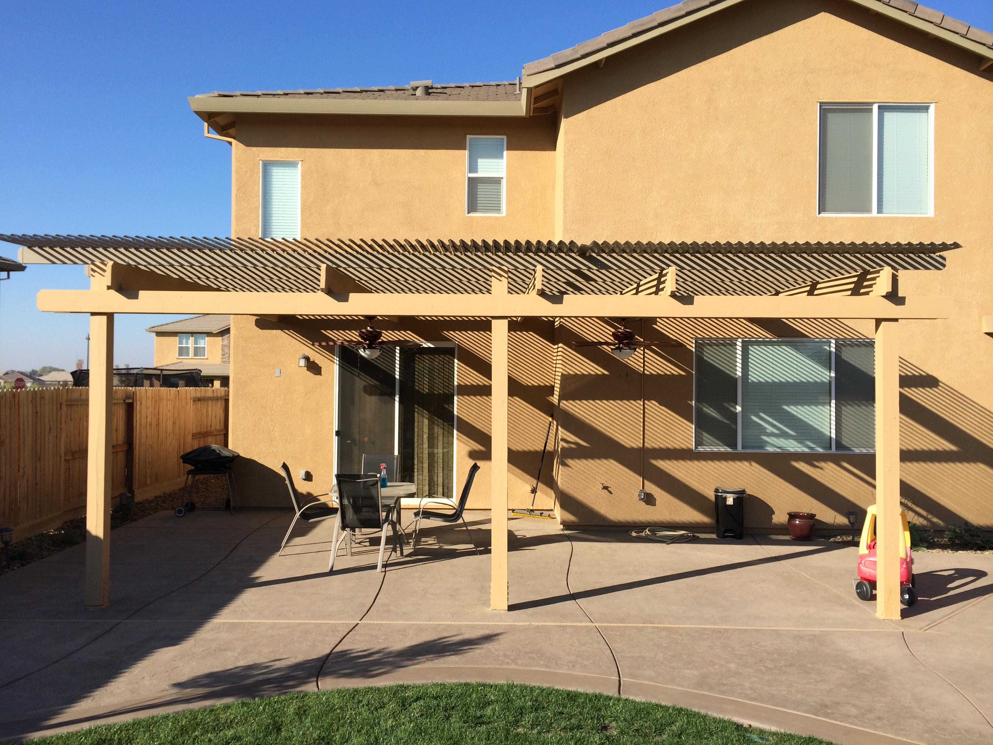 19.  Solara patio cover - Manteca