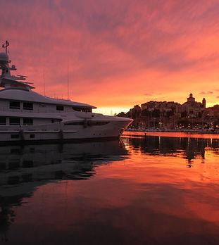 Yacht. Berth place in Imperia Porto Maurizio. Yacht Services