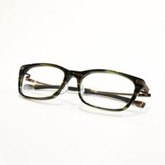 glasses_06.jpg