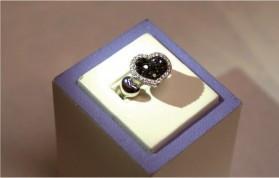 K18WGブラックダイヤモンドリング