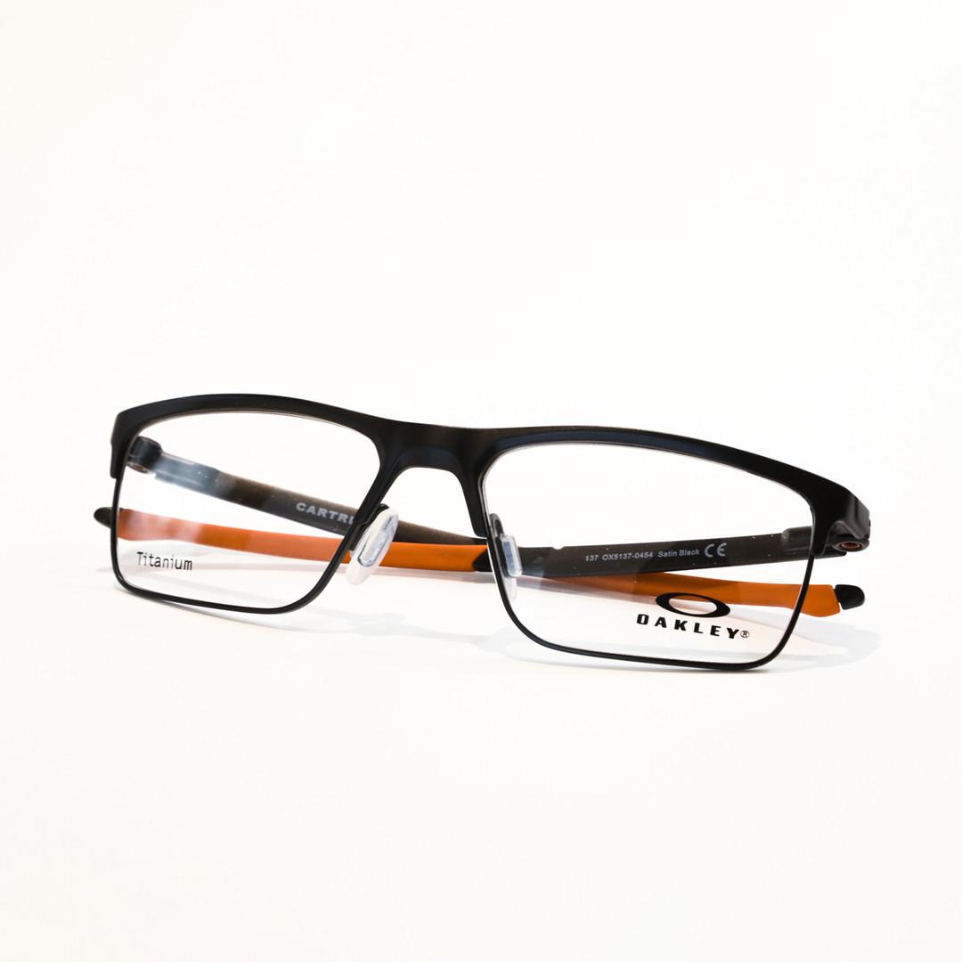 glasses_03.jpg