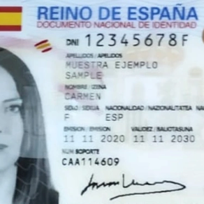 Spanish Actress Luisa Martin first to get new National Identity Document