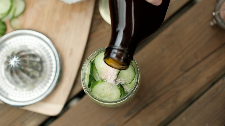 Preserving Food - Pickled Cucumbers