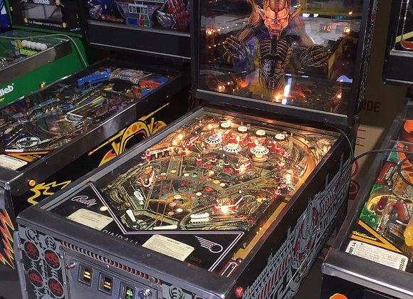 Space Invaders Pinball Machine By Bally 1980 Original Coin Operated