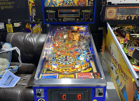 Funhouse Pinball Machine by Williams LEDs