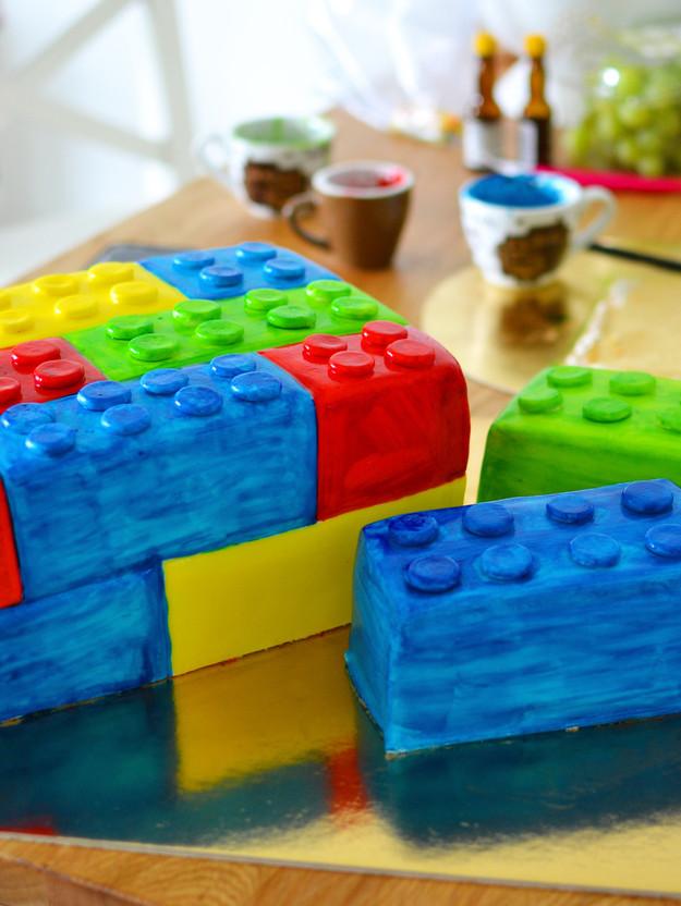 Na oslavu do LEGO