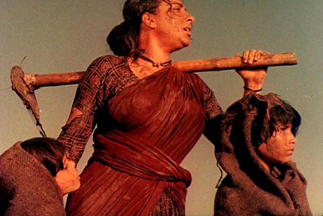 mother india highestgrossingfilm bollywood nargis