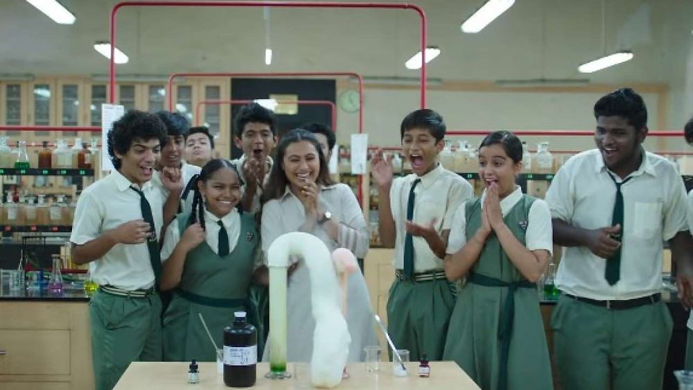 Rani Mukherjee and child actors in Hichki