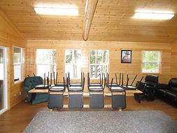deluxe fly-in outpost cabin.JPG