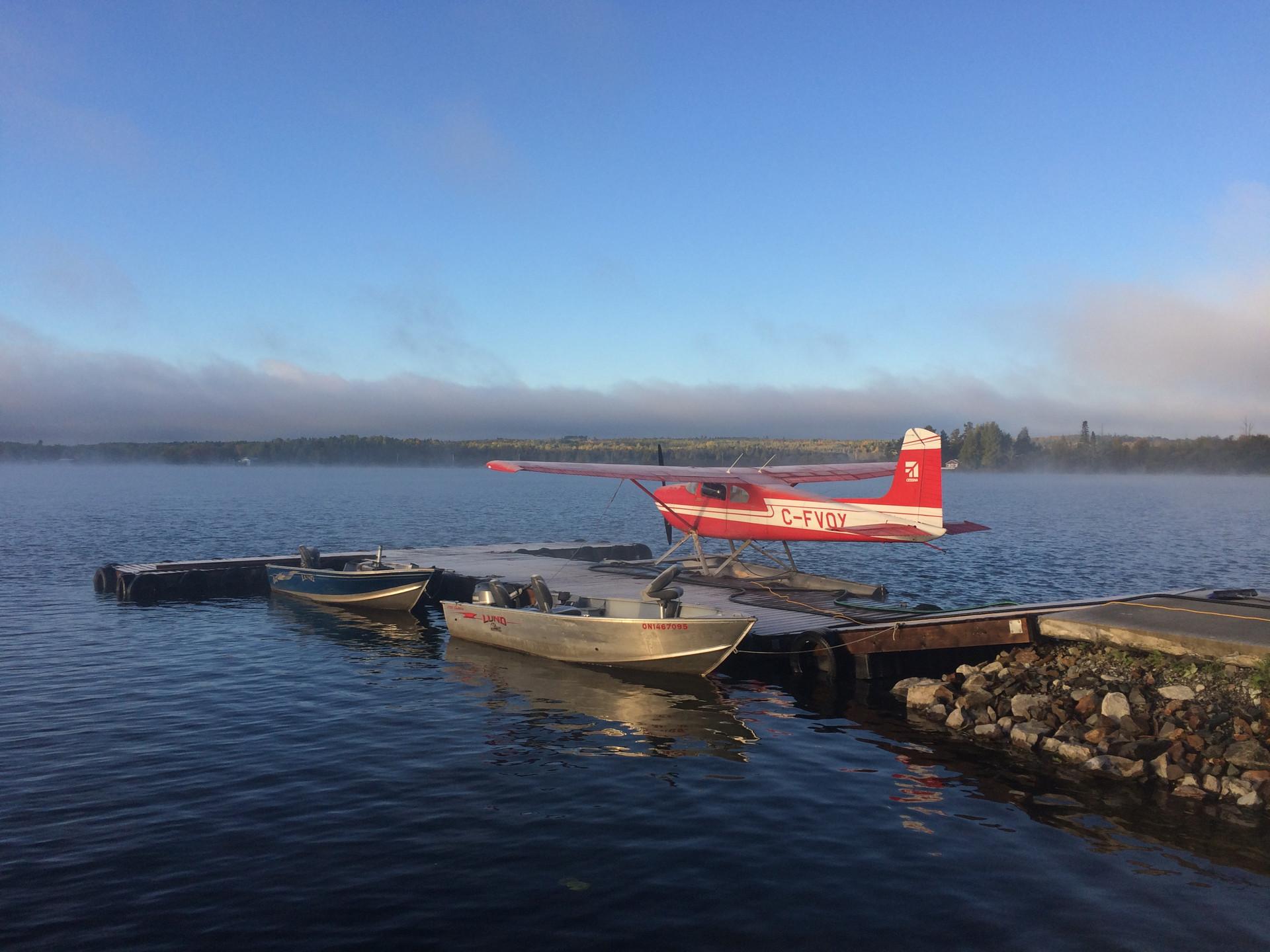 Cessna 180 floatplane