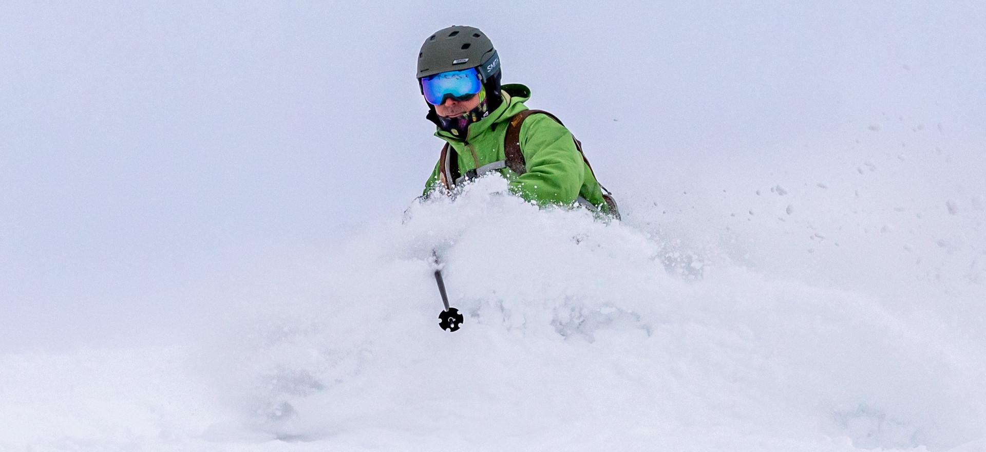 Ski-Ride-Tours-Alyeska-Powder-Roy-4_edit