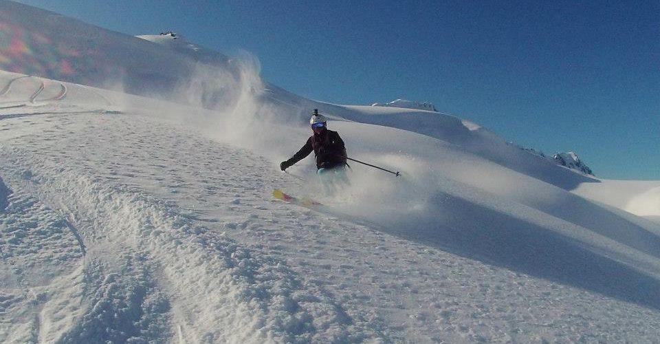 Ski-Alaska2.jpg
