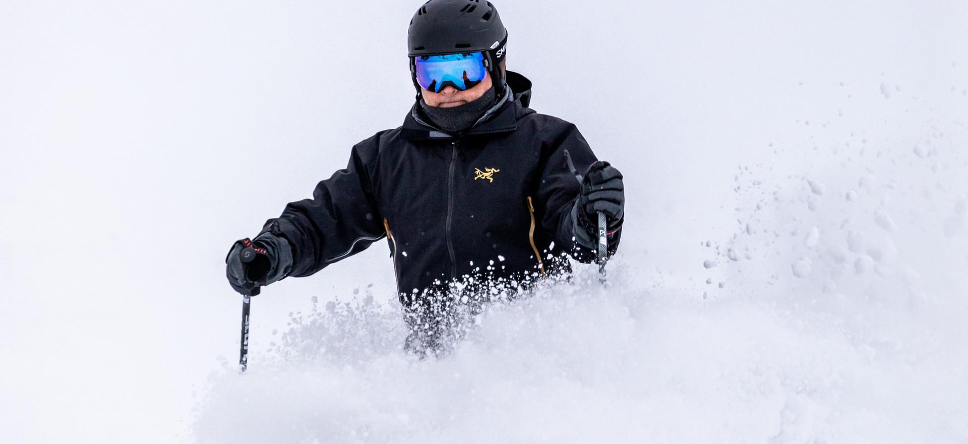 Ski-Ride-Tours-Alyeska-Powder-Mariau_edi
