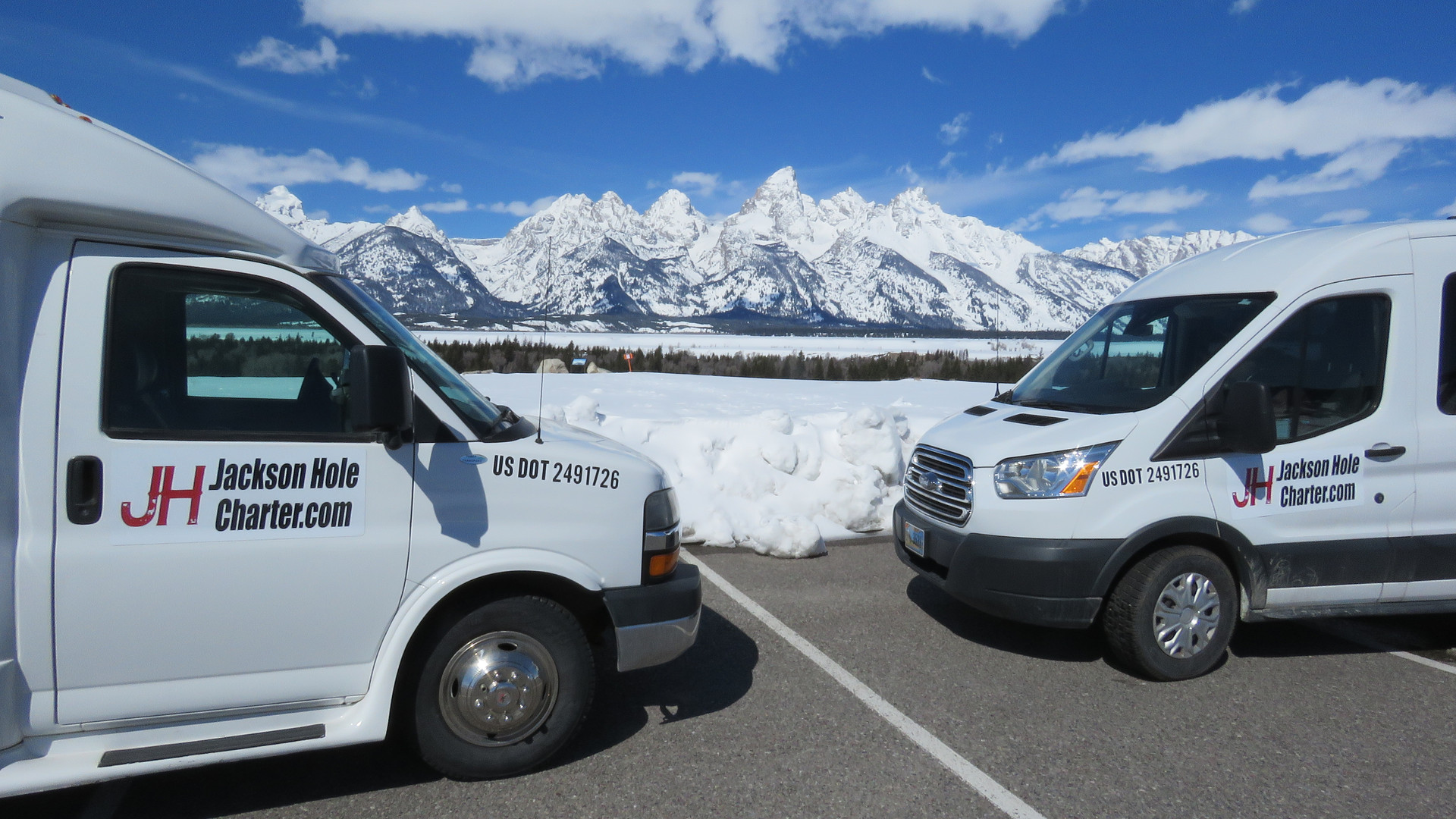 jackson-hole-airport-shuttle-tetons (2).