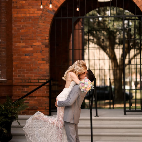 Top 5 Things Your Wedding Planner Can Take Care of For You