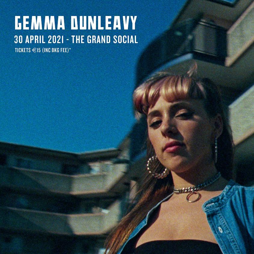 MCD PRESENT - Gemma Dunleavy